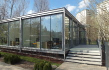 Modular medical pavillon in Warsaw city centre